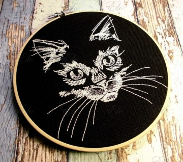 ♥ gestickt Stickrahmenbild Katze Nachtleuchtgarn