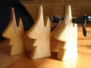 Holz - Brillenhalter in verschiedenen Holzarten