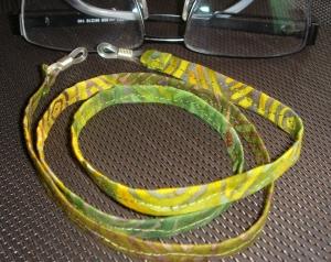 lindgrün-gelb gemustertes Brillenband ob für den Mann oder die Frau  - Handarbeit kaufen