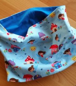 Schlauchschal für den Übergang in blau mit Feen und Pilzhäuschen, Durchmesser 55 cm  - Handarbeit kaufen