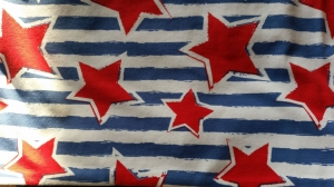 Schlauchschal für den Übergang blau/weiß gestreift mit Sternen, Durchmesser 52 cm  - Handarbeit kaufen