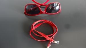 rot gemustertes Brillenband (es ist ein warmes rot)  - Handarbeit kaufen