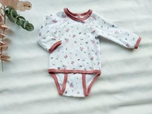 Body Baby, Himbeere, Rosen altrosa, Lang- oder Kurzarm, Gr. 50-98 - Handarbeit kaufen