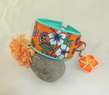 Windhundhalsband Hawaii orange/türkis wahlweise mit Zugstopp oder Klickverschluss Kunststoff oder Metall Verschluss gepolstert Polsterung aus Kunstleder  - Handarbeit kaufen