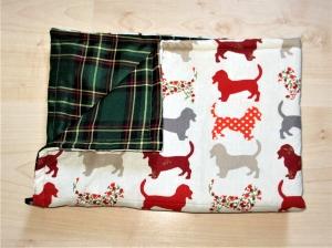 Hundedecke Hounds/rot Kuscheldecke Tierdecke Couch Auto Schlafplatz Hund weich gepolstert  - Handarbeit kaufen