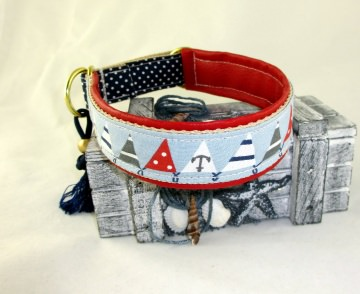Hundehalsband Wimpelkette Halsband Hund maritim wahlweise  Zugstopp oder Klickverschluss Metall oder Kunststoff Verschluss gepolstert Polsterung aus Kunstleder