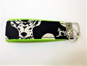 Schlüsselanhänger Schlüsselband Hirsch grün/schwarz Oktoberfest Anhänger Band für Schlüssel mit Schlüsselring mit Kunstleder unterlegt  - Handarbeit kaufen