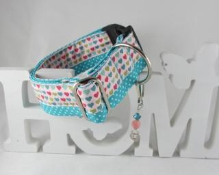 Hundehalsband Mein Herz türkis/rosa im coolen Mustermix mit Klickverschluss und handgefertigtem Perlenanhänger