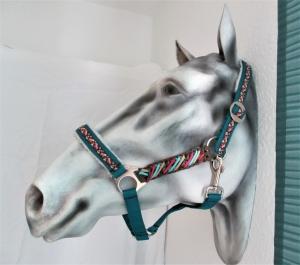 Pferdehalfter India handgemacht handgefertigt Stallhalfter Reithalfter geflochten Paracord Halfter Pferd Größe Shetty Pony Vollblut Warmblut Kaltblut  - Handarbeit kaufen