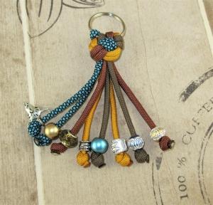 Schlüsselanhänger aus Paracord Anhänger für Schlüssel mit SchlüsselringTaschenbaumler Taschenanhänger Countrystyle für Frauen für Mädchen Anhänger für Autoschlüssel  - Handarbeit kaufen