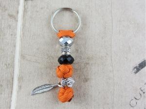 Schlüsselanhänger aus Paracord Anhänger für Schlüssel mit Schlüsselring Taschenbaumler Taschenanhänger braun rot für Frauen für Mädchen Anhänger für Autoschlüssel    - Handarbeit kaufen