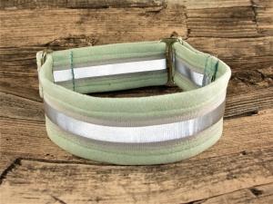 Hundehalsband Nightwalk mint reflektierend weiches Halsband mit Reflektoren verstellbar Zugstopp wahlweise Klickverschluss Kunststoff oder Metall   - Handarbeit kaufen