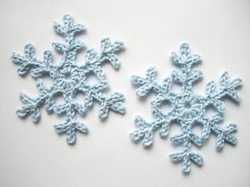 Häkelapplikation, große Schneeflocken