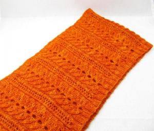 Doppel-Loop mit aufwändigem Muster aus handgefärbter Kuschelwolle, gestrickt, von Schwarzwaldmaschen - Handarbeit kaufen
