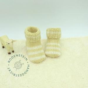 kuschelweiche Babysocken * Ringelsocken * Wollsocken  * in vanille für 0 bis 12 Monate - Handarbeit kaufen