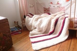 nostalgische Decke * Strickdecke * Tagesdecke im Vintagelook 115cm x 200cm - Handarbeit kaufen