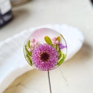 Nadel-Brosche mit Blumen - Handarbeit kaufen