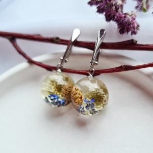 Ohrringe mit Zapfen und Blumen. - Handarbeit kaufen