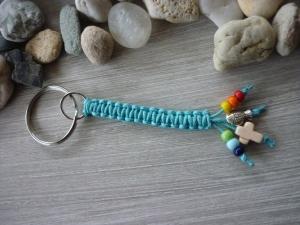 Handgearbeiteter Schlüsselanhänger zur Kommunion mit Kreuz und Fisch  - Handarbeit kaufen