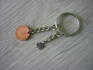 handgemachter Schlüsselanhänger mit 'Glückspfennig'  und Kleeblatt / Vintage - Handarbeit kaufen