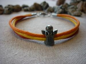 Handgemachtes Armband mit Schutzengel  Geschenk Glücksbringer Orange / Rot / Gelb - Handarbeit kaufen
