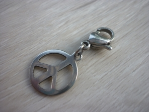 Charm 'Peace' Edelstahl - Handarbeit kaufen