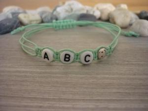 Handgemachtes  Kinderarmband 'ABC' mit Smileyperle - Handarbeit kaufen