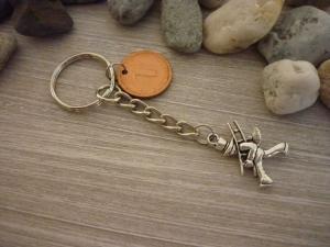 Handgemachter Schlüsselanhänger mit 'Glückspfennig'  und Schornsteinfeger  Vintage Gastgeschenk