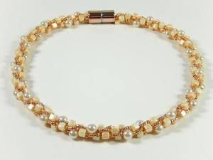 Elegante Kette Häkelkette Perlenkette Einzelstück - Handarbeit kaufen