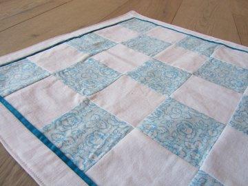 Tischdecke / Tischläufer hellblaue Sommerrosen  (upcycling) - Handarbeit kaufen