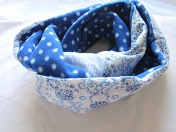 Loop / Rundschal / Schlauchschal blaue Rose warm / Handmade