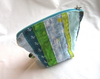 Universaltäschchen mini blaugrün aus Webkanten, handmade