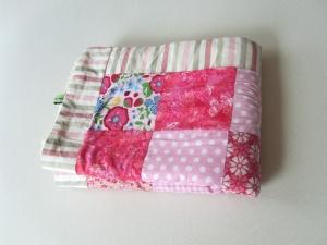 Babydecke rosa, Patchworkdecke Quadrate, selbstgenäht, - Handarbeit kaufen