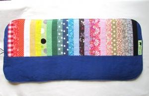 Stiftemäppchen, Stifterolle Regenbogen /  Buntstiftrolle blau, Schulranzen, - Handarbeit kaufen