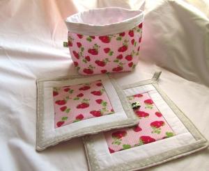 Topflappen und Utensilo - Set Erdbeere, handmade, Küchenutensilien,