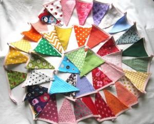 Wimpelkette,  6,28 m  / 43 Wimpel, Regenbogen, handmade, Girlande,  - Handarbeit kaufen