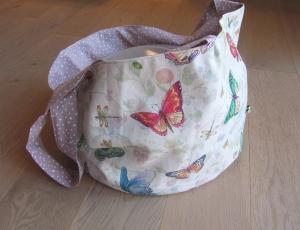 Einkaufstasche, Tortentasche, Universaltasche , Schmetterlinge, handgenäht