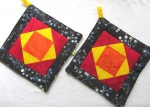 Topflappen Quadrate, Topflappenset, Patchwork, handmade,  - Handarbeit kaufen