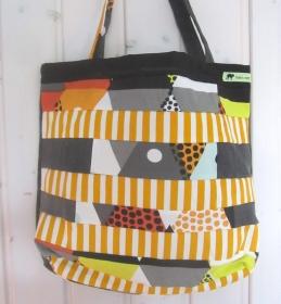 Einkaufstasche, Umhängetasche , Shopper mit gelben Streifen, Patchwork, upcycling  - Handarbeit kaufen