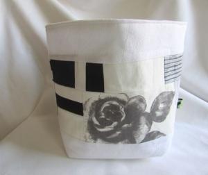 Utensilo, Stoffkorb,  Brotkorb, Patchwork schwarzweiß, mit Rose, - Handarbeit kaufen