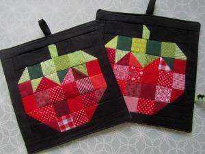 Topflappen - Set Erdbeere, Landhausküche, handmade, Patchwork,  - Handarbeit kaufen