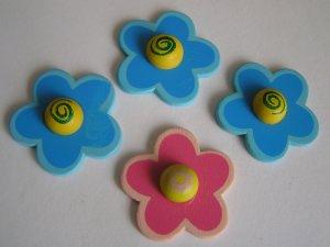 4 Blumen mit Halbkugel (Restbestand)