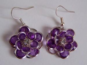Blütenohrringe lila-silber