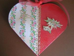 2 Geschenkschachteln in Herzform -Einzelstücke-