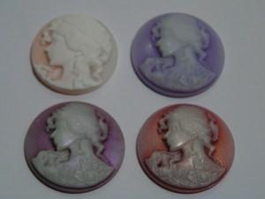 4 Cabachons mit Frauenmotiv (Set 4)