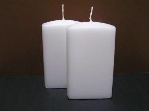 2 weiße Kerzenrohlinge zum Gestalten