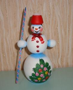 Sortiment mit 3 handgearbeiteten Schneemännern aus Holz, Unikate, handbemalt - Handarbeit kaufen