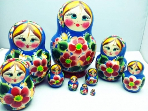 Handgearbeitete Matroschka, 10-er Set mit Blumen, Unikat - Handarbeit kaufen