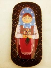 Handgearbeitetes russisches Brillenetui mit Klappdeckel, Feodoskino-Stil - Handarbeit kaufen