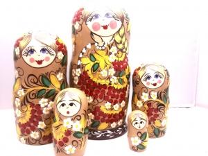 Handgearbeitete Matroschka, Blumenmotiv, braun-gelb, 5-er Set, Unikat - Handarbeit kaufen
